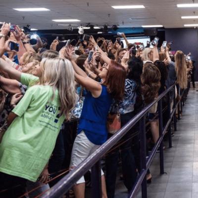 Le pouvoir du selfie, made in présidentielle!