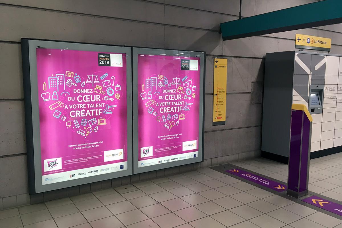 Les Creative Awards by Saxoprint s'affichent dans le metro avec Mlle Pitch!