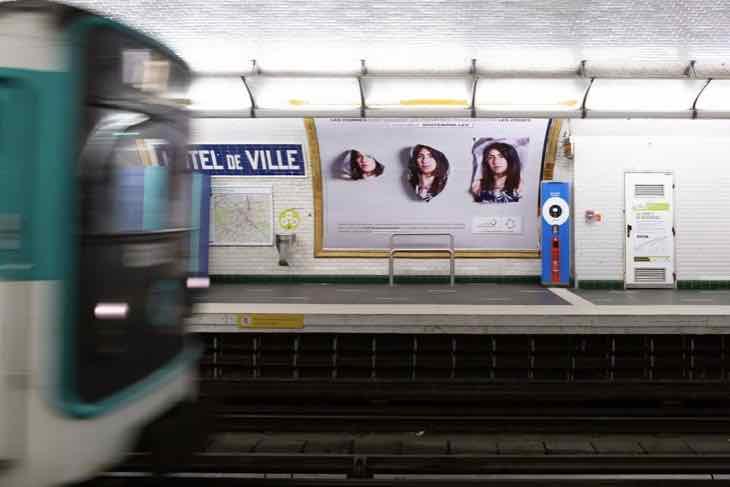 Campagne Francophonie, affichage métro Parisien Hotel de ville
